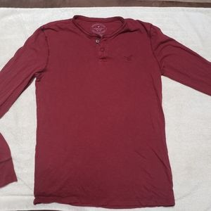 American Eagle Long Sleeve Athletic Fit Tee